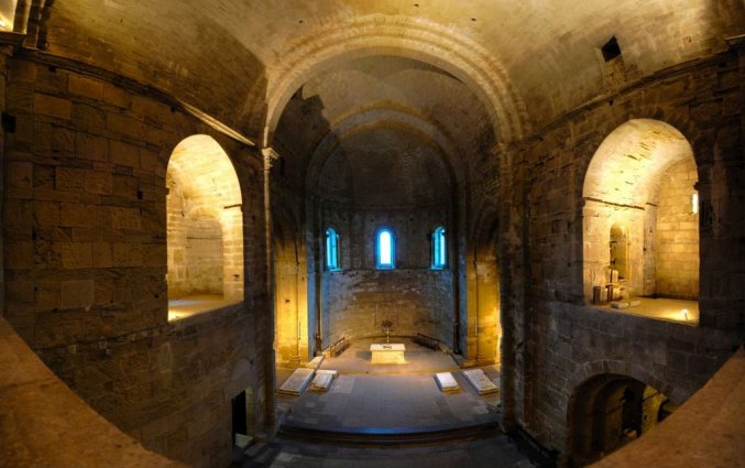 cathedrale-de-maguelone