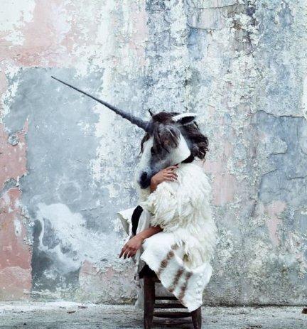 unicorn-mask-gladys-paulus